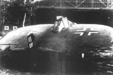 UFO? Ne. Létající talíř AS6, neboli Der fliegende Bierdeckel